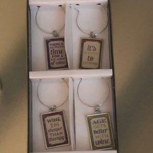 NIB Set of 6 Wine Charms